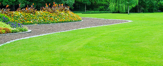 lawngarden-slider-lawn